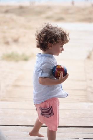 Juegos pelota arena niño